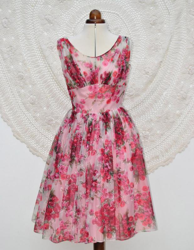 rose-dress-full