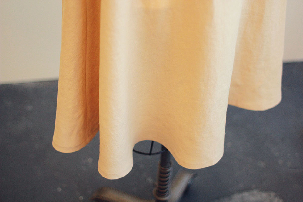 Tutorial: Hemming a curved edge by machine