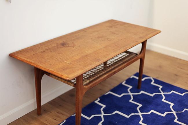 studio-sale-table-01