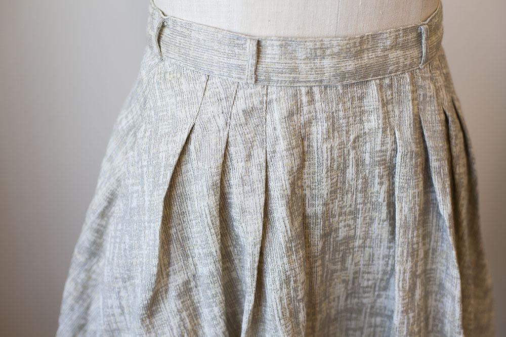 Tutorial: Perfect & pretty pleats or tucks