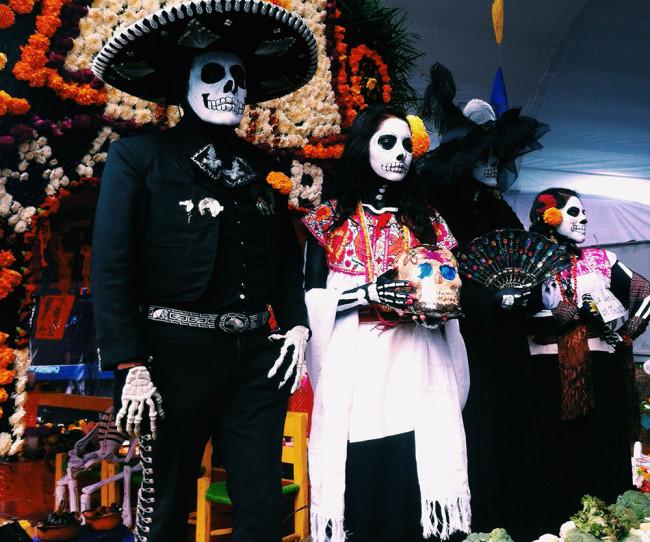 mexico-city-dead-costumes