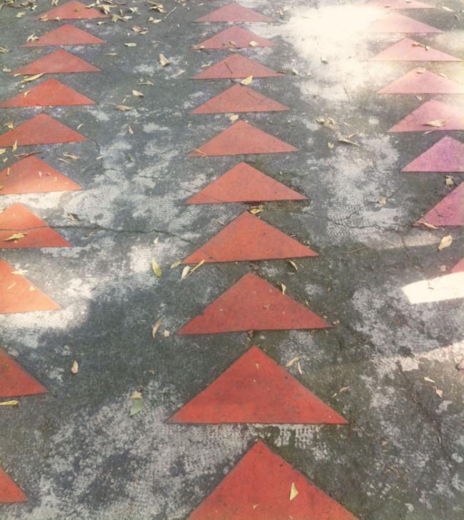 mexico-city-triangle-bricks