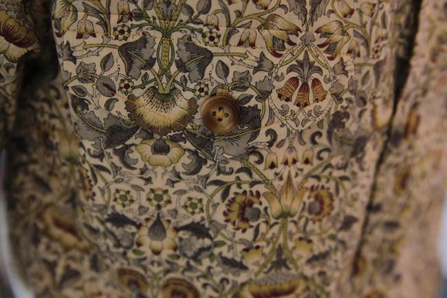 negroni-pocket-extreme-close-up