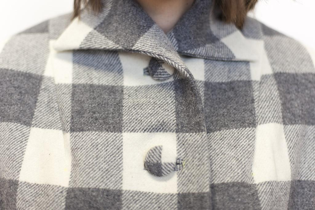 sarai-jacket-buttons