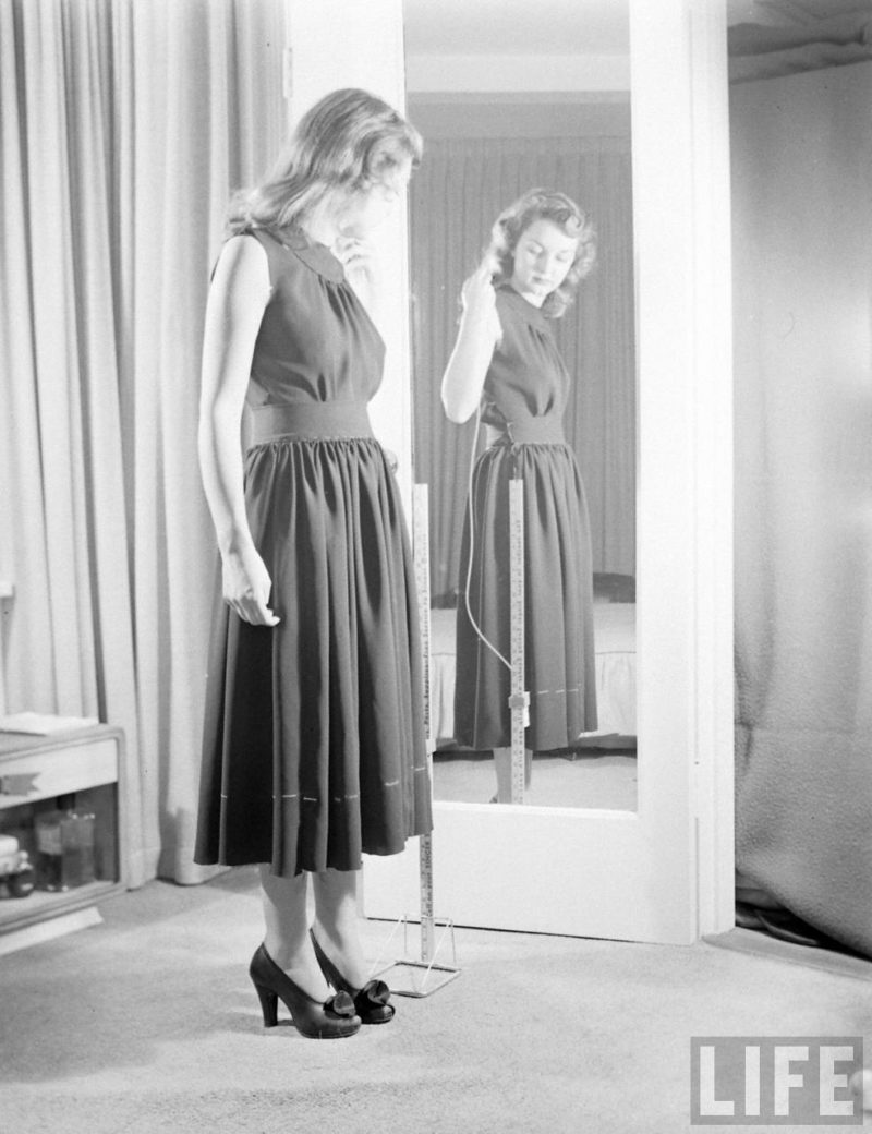 vintage-photo-fitting